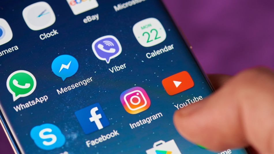如何分享YouTube视频到Facebook上